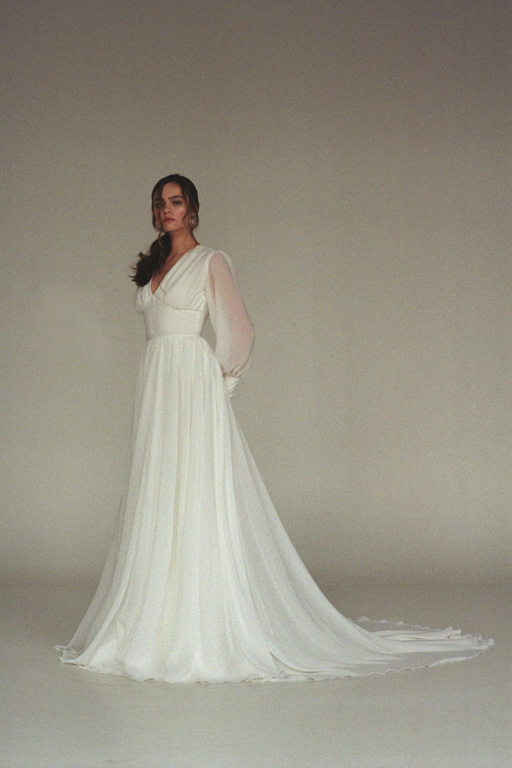 Reev Bridal Minimalist Boho And Colored Wedding Dresses By Reev